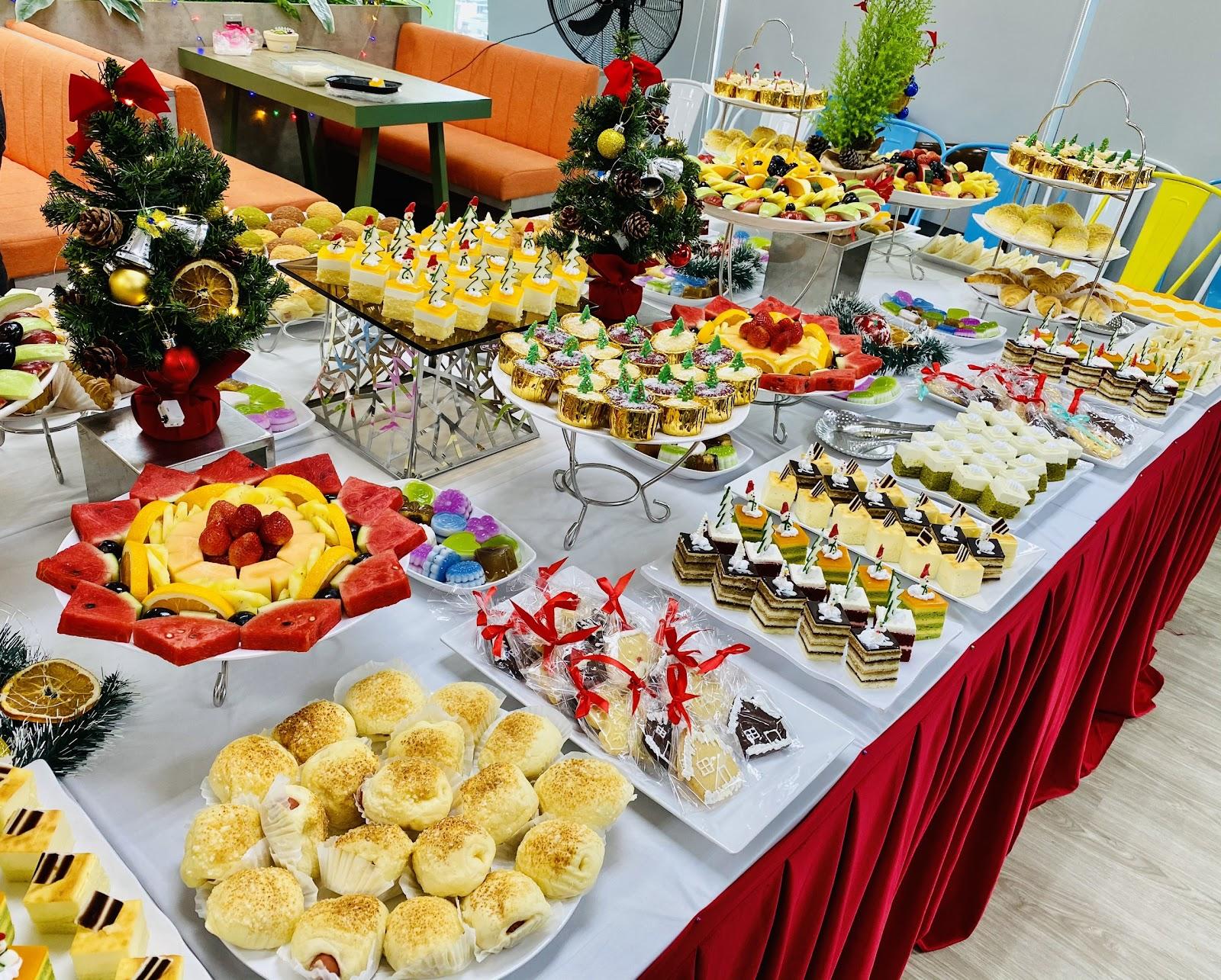 Tiệc buffet sinc nhật